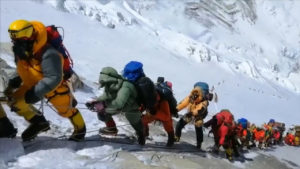 everest overtourism